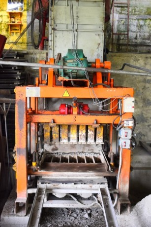 cement-block-making-machine-big-0