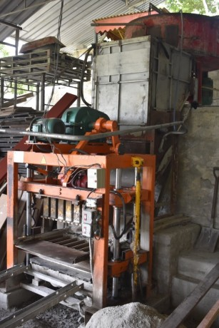 cement-block-making-machine-big-1